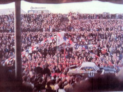 Car 47 MGB Departs Crystal Palace Nov 24 68 - Copy